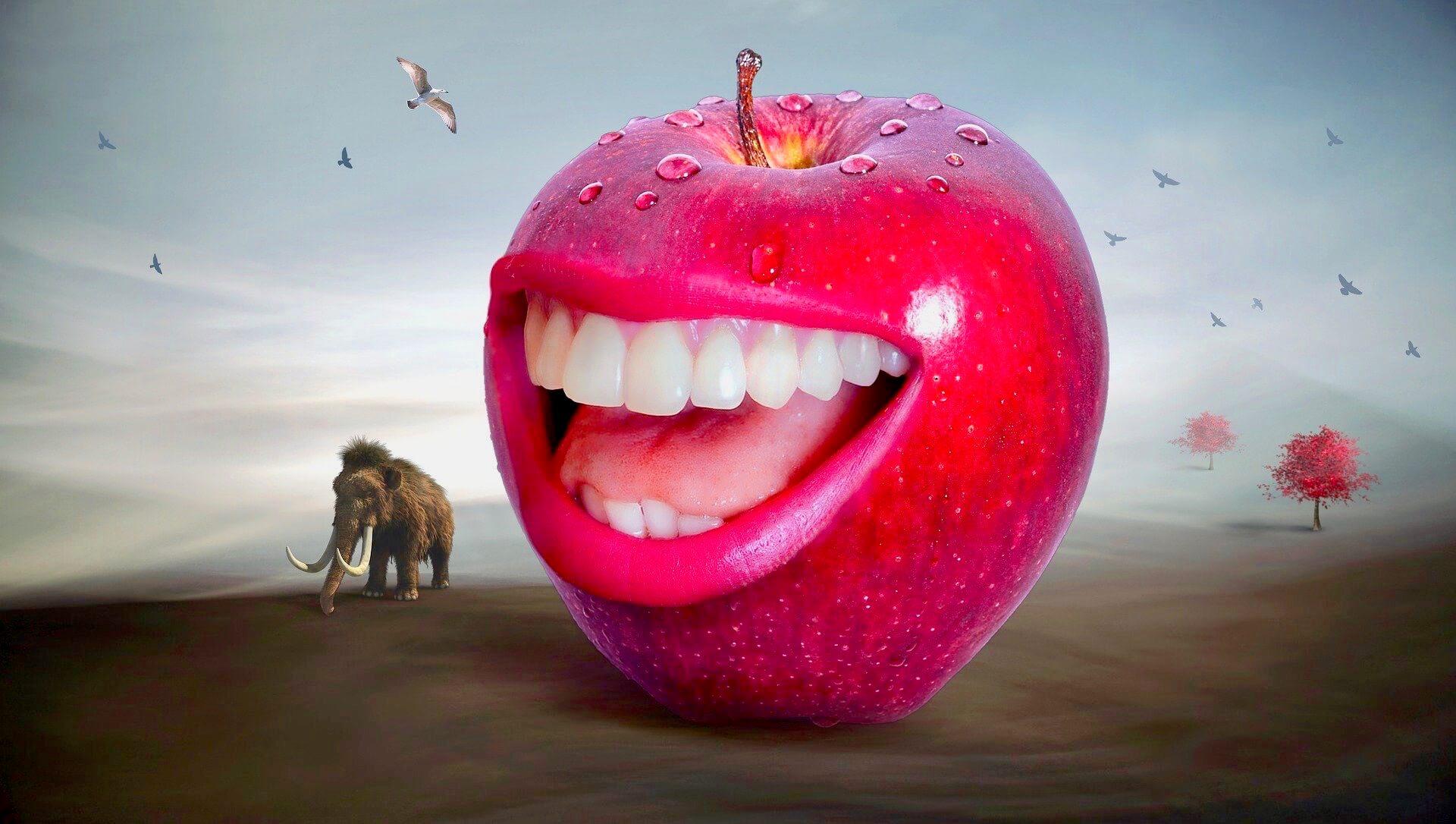 口がついているりんご